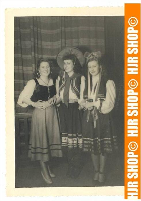 Folklore-Trachten, Foto 12 x 8,5 cm