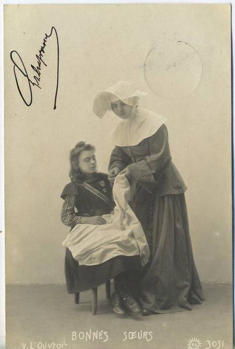 "um 1900/1910 Ansichtskarte ""Bonnes Soeurs"",  gelaufene Karte"