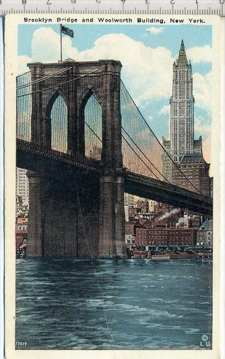 Brooklyn Bridge and Woolworth Building, New York Verlag: Irving Underhill, Postkarte,  Erhaltung: I –II Karte wird in Kl