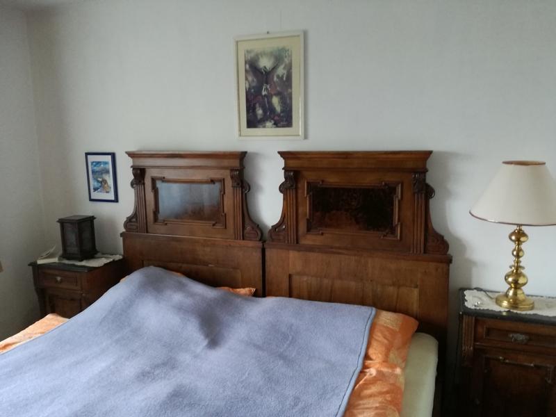 Antikes Massiv-Holz Schlafzimmer aus der Jahrhundertwende (19./20.) - handgeschreinert aus heimischen Harthölzern mit viel liebe zum Detail!