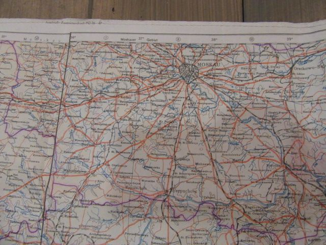 Extrem seltene Karten des deutschen Piloten, komplett mit Tasche und Zubehör. 1942 Jahr 9