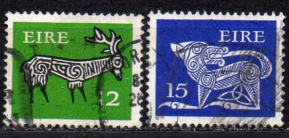 Irland, Mi-Nr. 415 + 419 gest., Frühe Irische Kunst