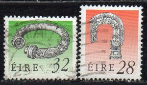 Irland, Mi-Nr. 704 I A + 750 I A Typ I gest., Irische Kunstschätze