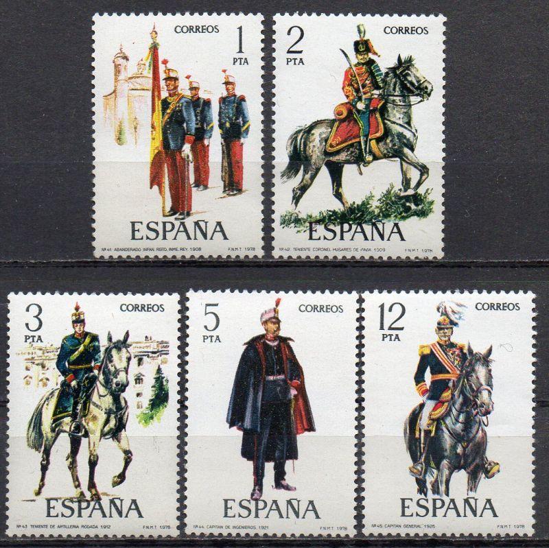 Spanien, Mi-Nr. 2343 - 2347 **, kompl., Militäruniformen