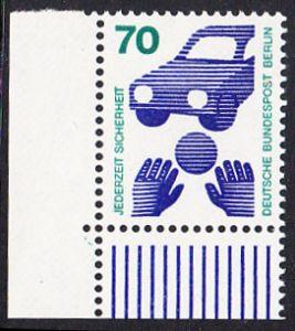 BERLIN 1973 Michel-Nummer 453 postfrisch EINZELMARKE ECKRAND unten links - Unfallverhütung; Verkehrssicherheit - Ball vor Auto