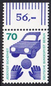 BERLIN 1973 Michel-Nummer 453 postfrisch EINZELMARKE RAND oben (e) - Unfallverhütung; Verkehrssicherheit - Ball vor Auto