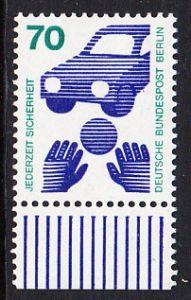 BERLIN 1973 Michel-Nummer 453 postfrisch EINZELMARKE RAND unten - Unfallverhütung; Verkehrssicherheit - Ball vor Auto