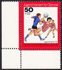 BERLIN 1976 Michel-Nummer 519 postfrisch EINZELMARKE ECKRAND unten links - Jugend trainiert für Olympia: Handball