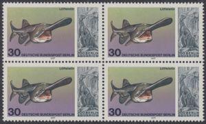 BERLIN 1977 Michel-Nummer 553 postfrisch BLOCK - Wiedereröffnung des Aquariums im Berliner Zoo: Löffelstör