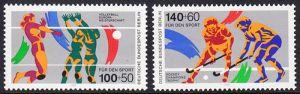 BERLIN 1989 Michel-Nummer 836-837 postfrisch SATZ(2) EINZELMARKEN - Sporthilfe: Volleyball-Europameisterschaften der Damen, Hamburg, Karlsruhe und Stuttgart / Hockey Champions Trophy, Berlin