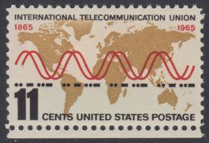 """USA Michel 890 / Scott 1274 postfrisch EINZELMARKE RAND unten - Internationale Fernmeldeunion (ITU): Radiowellen und Morsezeichen (""""ITU"""") vor Weltkarte"""
