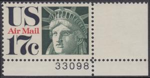 USA Michel 1044 / Scott C080 postfrisch Luftpost-EINZELMARKE ECKRAND unten rechts m/ Platten-# 33098 - Kopf der Freiheitsstatue