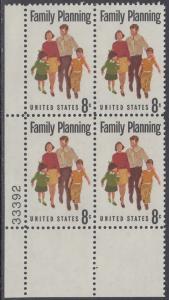 USA Michel 1061 / Scott 1455 postfrisch PLATEBLOCK ECKRAND unten links m/ Platten-# 33392 - Familienplanung