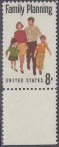 USA Michel 1061 / Scott 1455 postfrisch EINZELMARKE RAND unten - Familienplanung