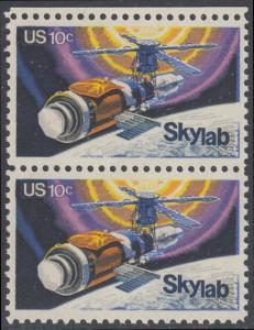 USA Michel 1136 / Scott 1529 postfrisch vert.PAAR RAND oben - Raumfahrtunternehmen Skylab
