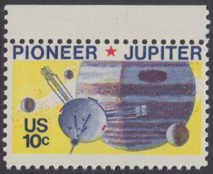 USA Michel 1164 / Scott 1556 postfrisch EINZELMARKE RAND oben - Pioneer-Programm zur Erforschung des Planeten Jupiter; Raumsonde Pioneer, Planet Jupiter mit Monden