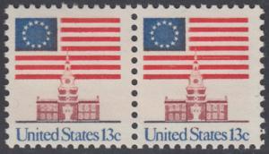 USA Michel 1194 / Scott 1622 postfrisch horiz.PAAR - Altes Sternenbanner und Unabhängigkeitshalle, Philadelphia