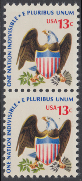 USA Michel 1196 / Scott 1596 postfrisch vert.PAAR - Americana-Ausgabe: Adler mit Wappenschild 0