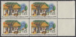 USA Michel 1311 / Scott 1725 postfrisch BLOCK RÄNDER rechts - 200. Jahrestag der ersten zivilen Niederlassung in Kalifornien; Farmhäuser in Alta California