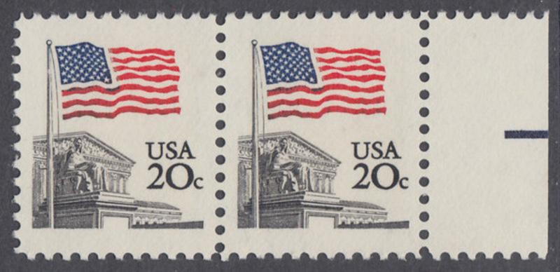 USA Michel 1522 / Scott 1894 postfrisch horiz.PAAR RAND rechts - Flagge, Gebäude des obersten Bundesgerichts 0