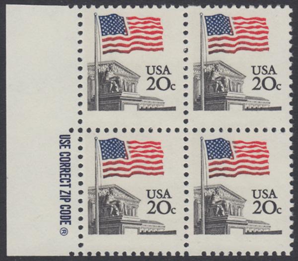USA Michel 1522 / Scott 1894 postfrisch BLOCK RÄNDER links m/ ZIP-Emblem - Flagge, Gebäude des obersten Bundesgerichts 0