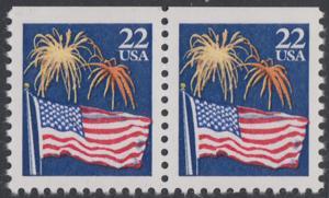 USA Michel 1882D / Scott 2276a postfrisch horiz.PAAR (oben ungezähnt) - Flagge und Feuerwerk