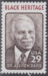 USA Michel 2434 / Scott 2816 postfrisch EINZELMARKE - Schwarzamerikanisches Erbe: Allison Davis, Anthropologe und Psychologe