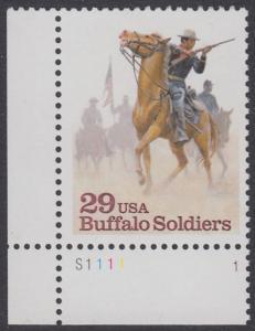 """USA Michel 2439 / Scott 2818 postfrisch EINZELMARKE ECKRAND unten links m/ Platten-# S1111-1 - Schwarzamerikanische Truppen """"Buffalo Soldiers""""; Kavallerie-Patrouille"""