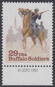"""USA Michel 2439 / Scott 2818 postfrisch EINZELMARKE RAND unten m/ copyright symbol - Schwarzamerikanische Truppen """"Buffalo Soldiers""""; Kavallerie-Patrouille"""