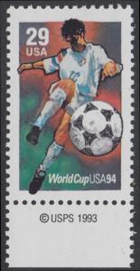 USA Michel 2457 / Scott 2834 postfrisch EINZELMARKE RAND unten m/ copyright symbol - Fußball-Weltmeisterschaft, USA: Torschuss