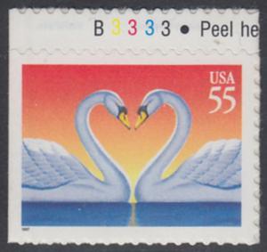 USA Michel 2804 / Scott 3124 postfrisch EINZELMARKE RAND oben m/ Platten-# B3333 (von Folioblatt) - Grußmarke, Schwanenpaar