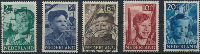 Niederlande 575-579 gestempelt  Voor het Kind 1951
