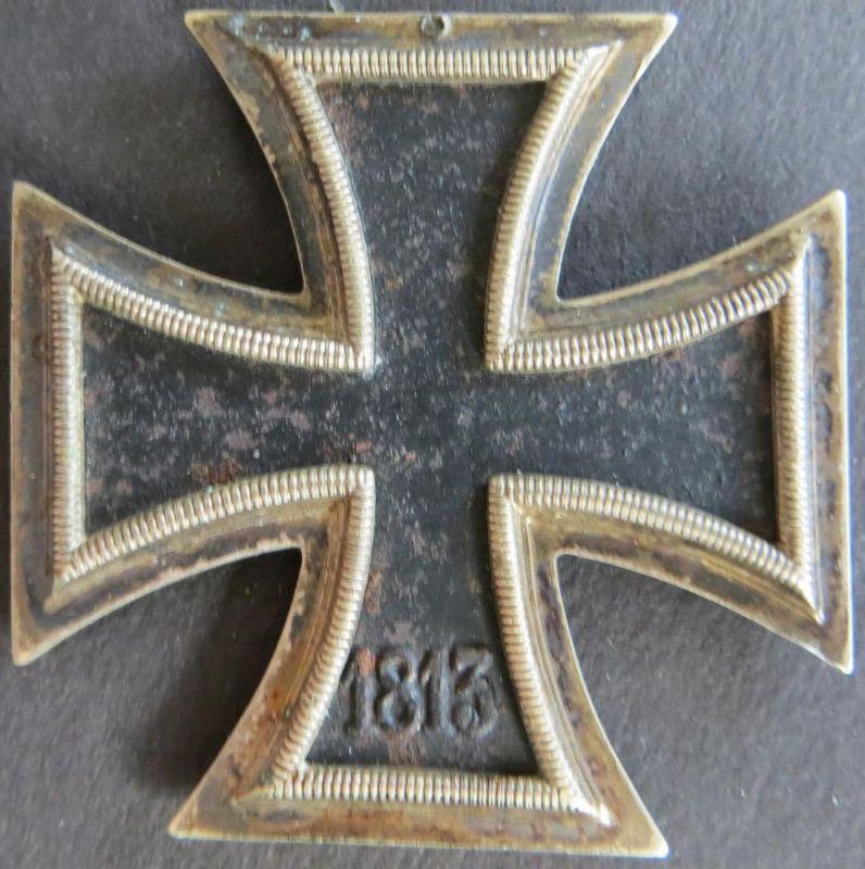 Orden Drittes Reich Eisernes Kreuz 1939  geschwärzt ohne Oese gute Erhaltung