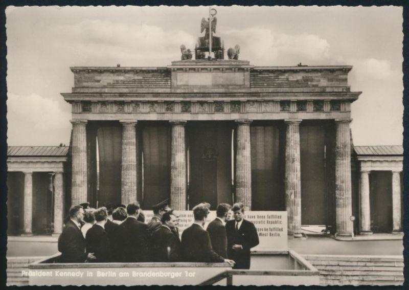 Foto Ansichtskarte Berlin Brandenburger Tor Präsident Kennedy n. Schlattan