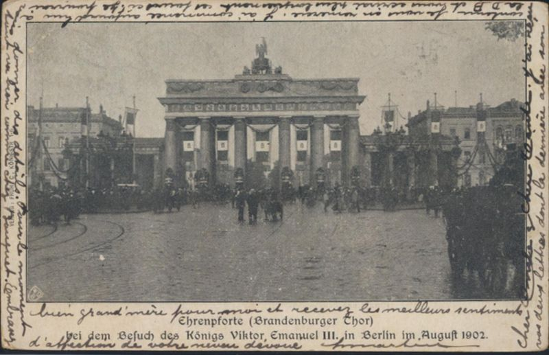 Berlin Ansichtskarte Foto Ehrenpforte Besuch König Viktor Emauel III. im August