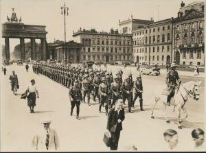 Foto Deutsches Reich Brandenburger Tor 3.Reich Parade Soldaten 1939