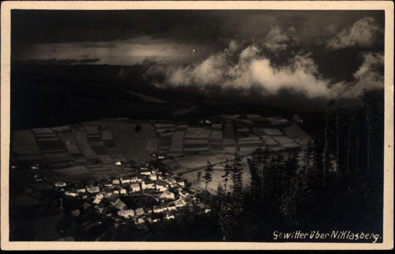Ansichtskarte Gewitter über Niklasberg Mikulov 1930 Böhmen Tschechien Erzgebirge