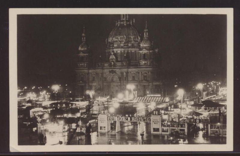 Foto Ansichtskarte Berlin Weihnachtsmarkt Weihnachten SST 19.12.1937 Klingenthal