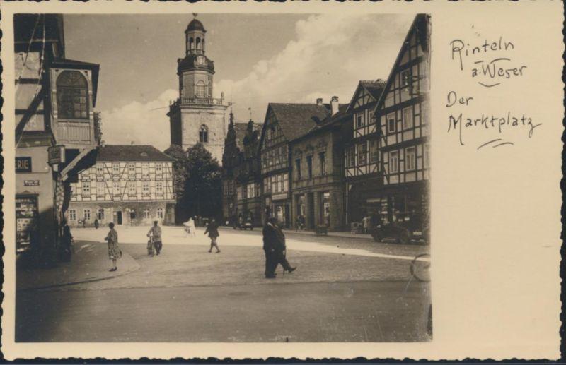 Ansichtskarte Rinteln an der Weser Marktplatz Passanten