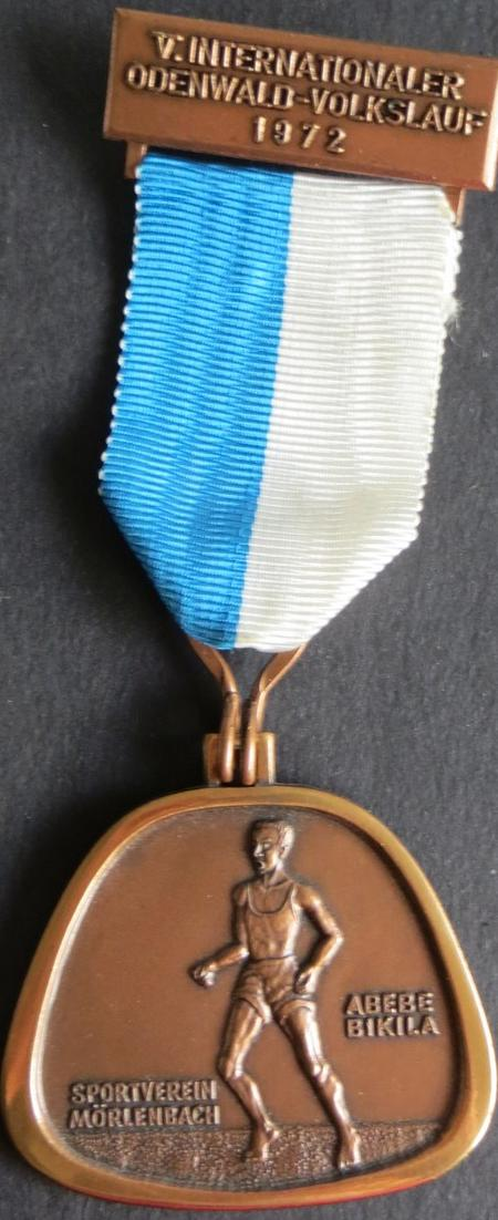 Medaille V. Internationaler Odenwald-Volkslauf 1972 SV Mörlenbach Abebe Bikila
