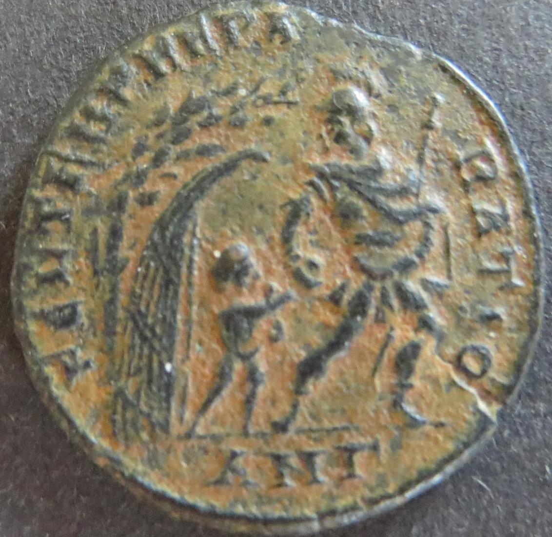 Römische Münze Constans 333-350 Maiorina RS: Gefangener wird aus Hütte geschlept 0