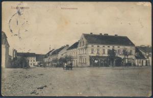 Ansichtskarte Foto Darkehmen Osjorsk Mühlenstrasse nach Bocholt 1911 Passanten