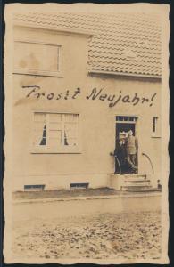 Ansichtskarte Neujahr Privat Foto vor Haus Düsseldorf nach Heidelberg
