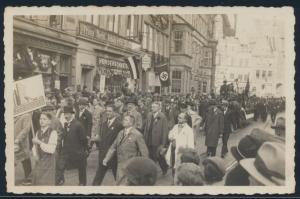 Foto Bremen Aufmarsch 3. Reich Hakenkreuzfahne Deutschen Beamten Versicherung