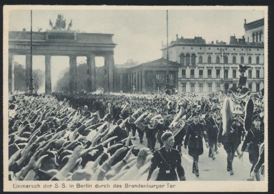 Foto Ansichtskarte II. WK Einmarsch der SS Berlin Brandenburger Tor rückseitig 0