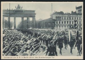 Foto Ansichtskarte II. WK Einmarsch der SS Berlin Brandenburger Tor rückseitig