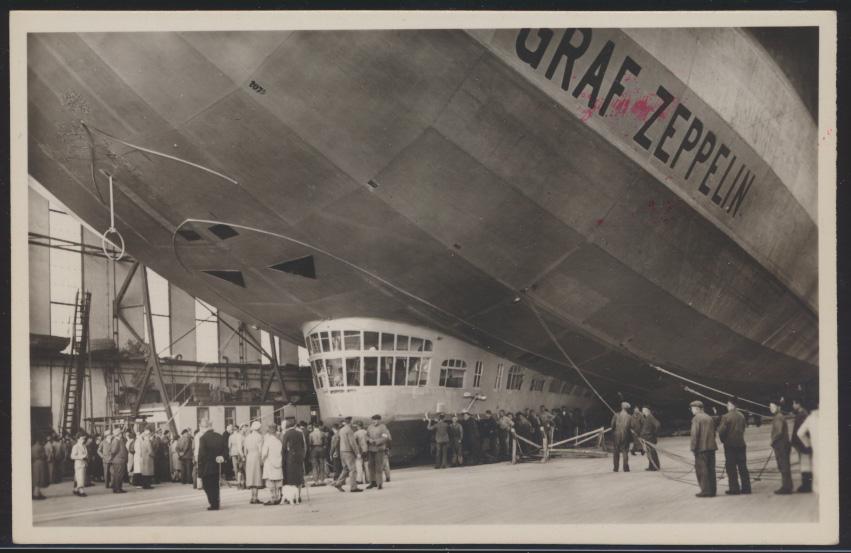 Flugpost Zeppelin air mail Ansichtskarte Startbereit in der Halle Verlag Metz  0