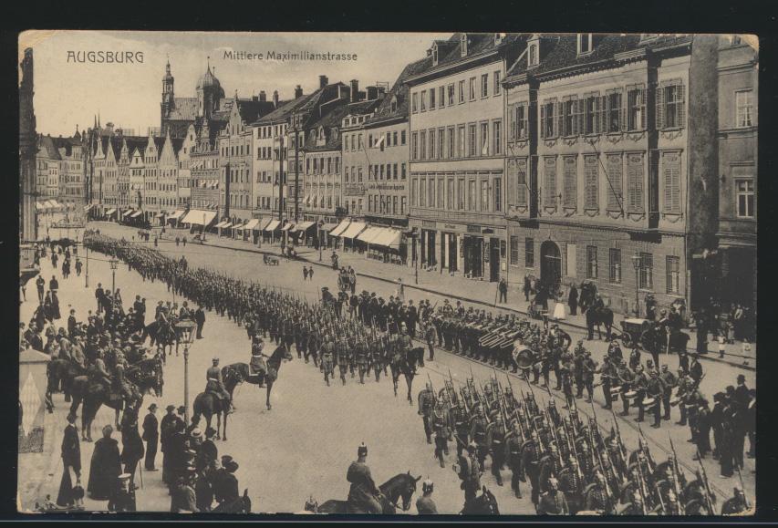 Ansichtskarte Augsburg Maximilianstr. Militär Krieg Parade ungelaufen 0