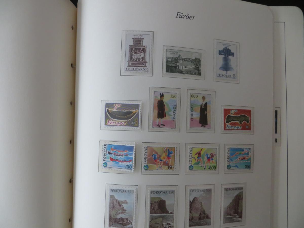 Färoer Luxus Sammlung 1975-1997 komlett posstfrisch auf Vordrucken Kat. 540,00 22