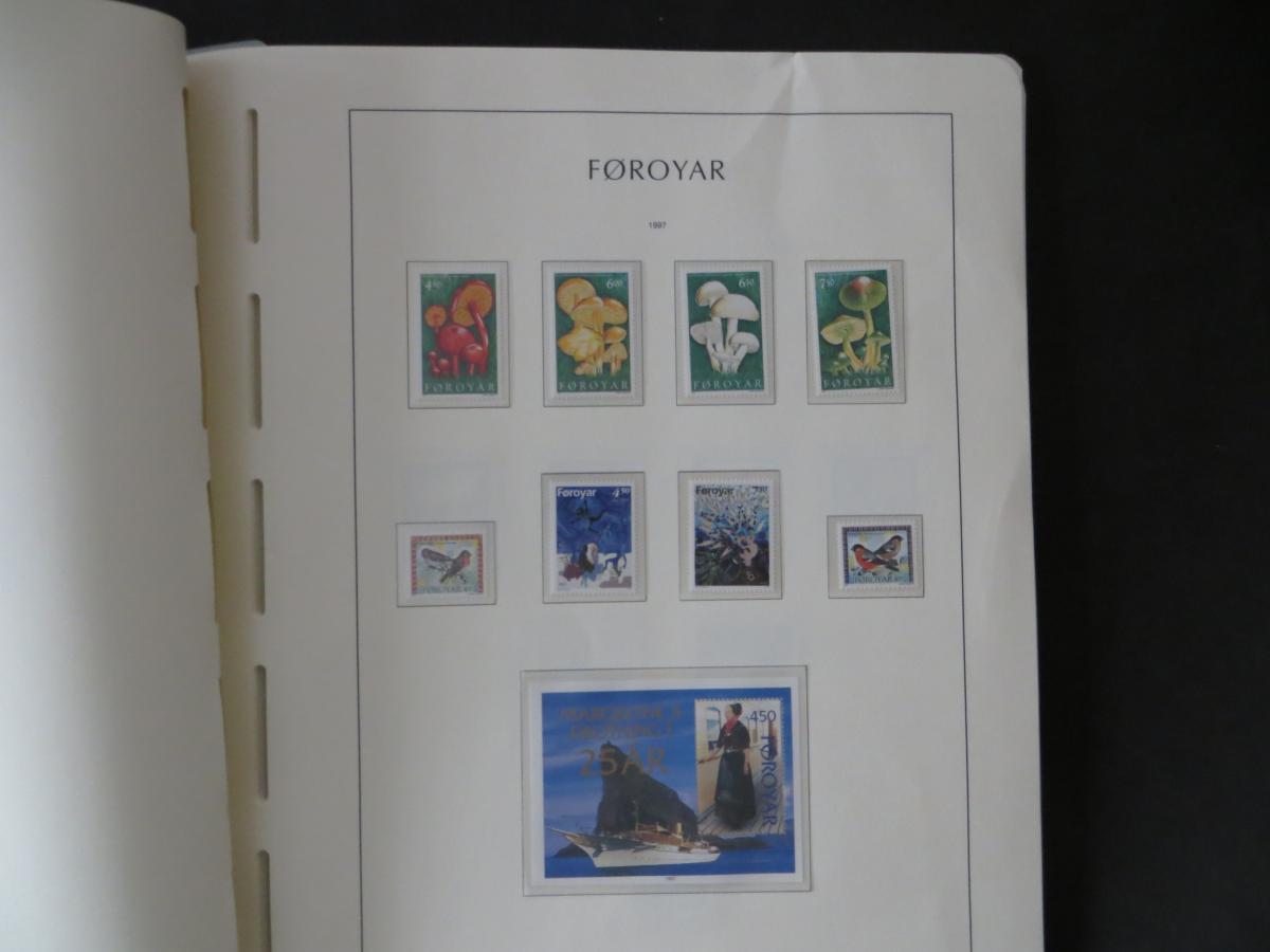 Färoer Luxus Sammlung 1975-1997 komlett posstfrisch auf Vordrucken Kat. 540,00 41